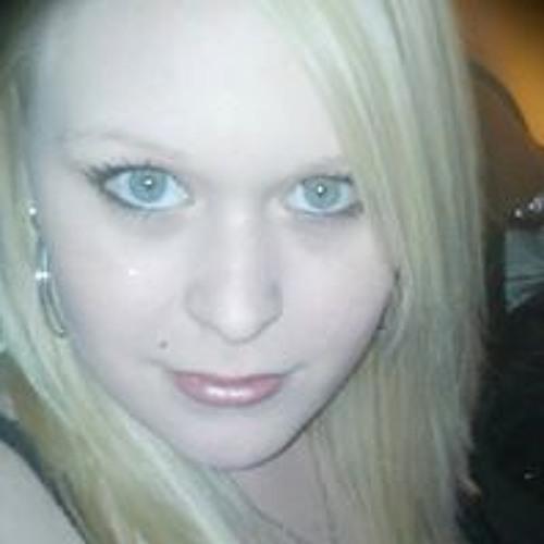 Crystal Phillips 15's avatar
