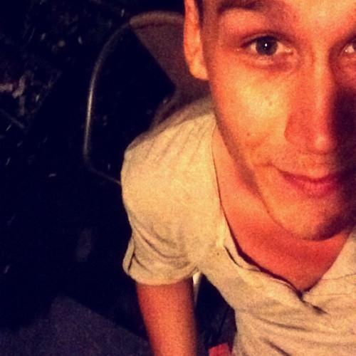 Alex Raito's avatar