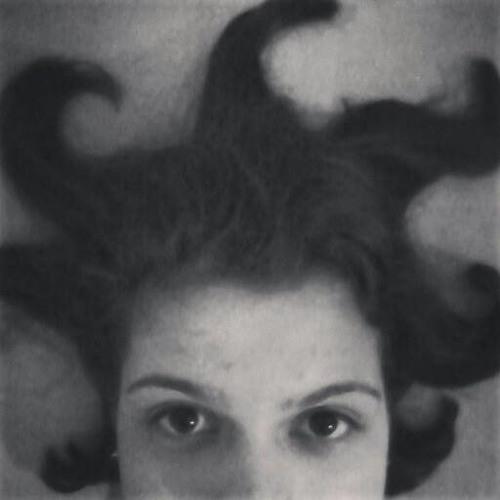 Paula Langoni's avatar