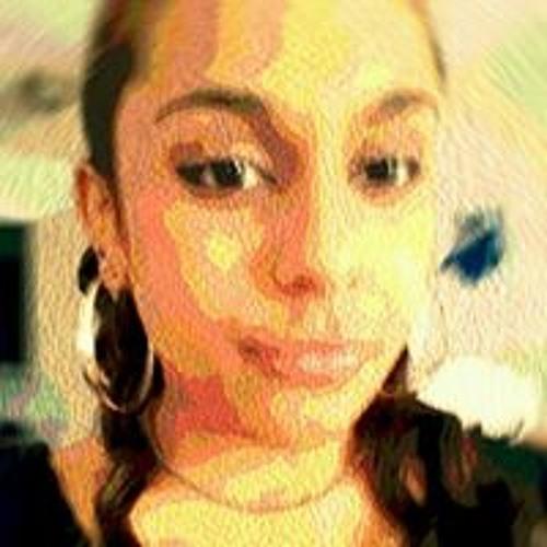 Celine Ganika B's avatar