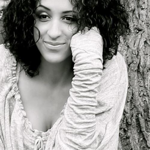 Asha Lili's avatar