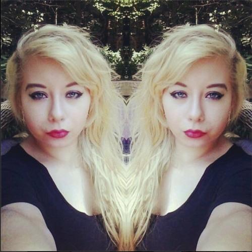 Nikki Mara Lee's avatar