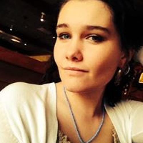 Izzie Symancyk's avatar