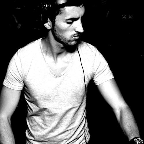ALEZ Piranessi's avatar