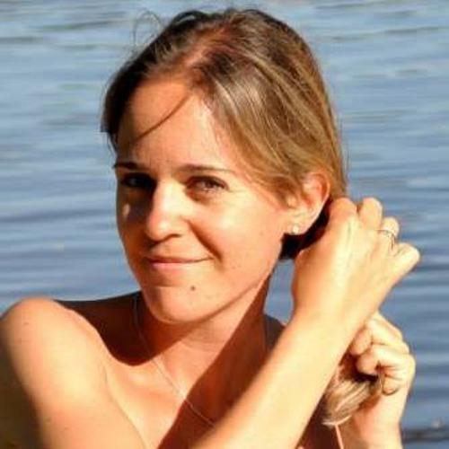 Cécile Castelli's avatar