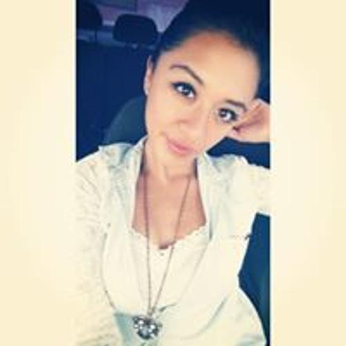 Samantha Bustillos's avatar