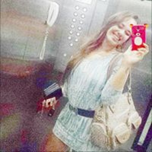 Carol Oliveira 171's avatar