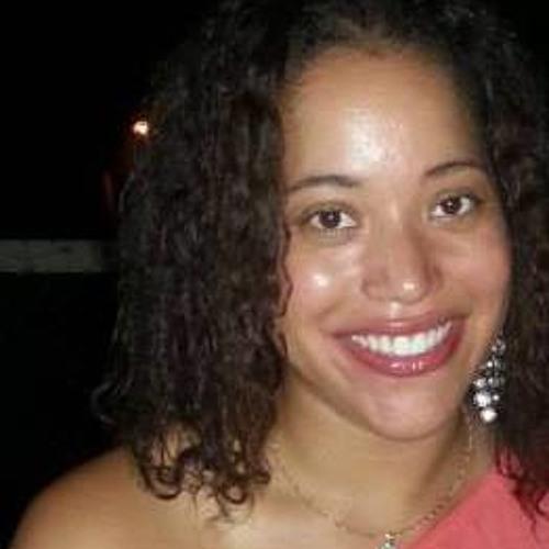 Celina Fortes's avatar