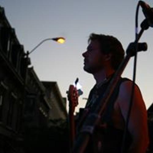 Eric Latus's avatar