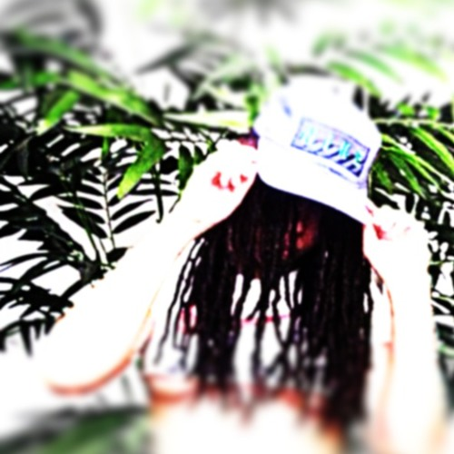 Skrunchee(╥﹏╥)'s avatar