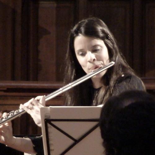 Raquele Magalhaes's avatar