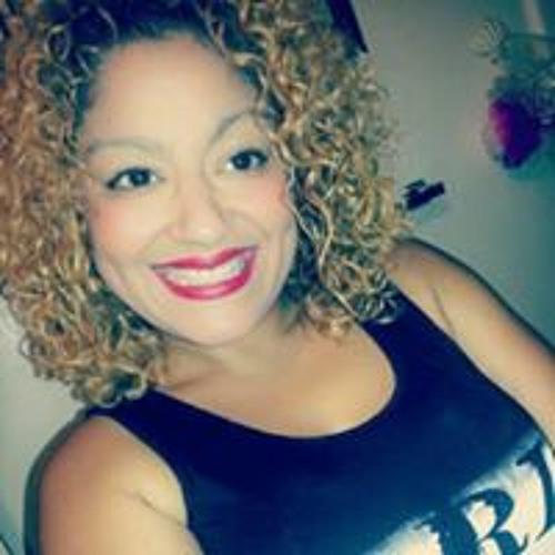 Camelie Torres's avatar