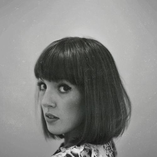 L A Y L A's avatar