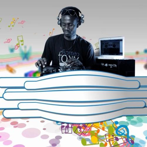 DJ Romeo  Foxy's avatar