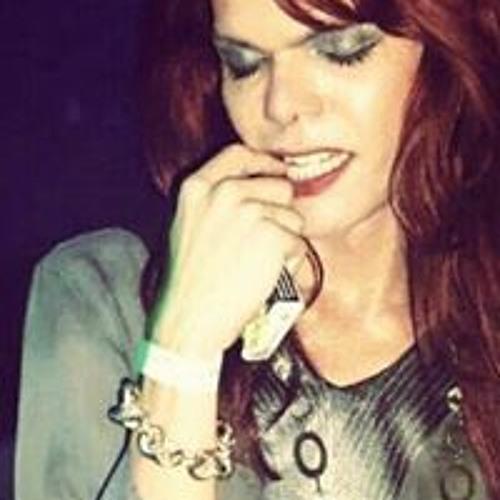 Iva Pierle's avatar