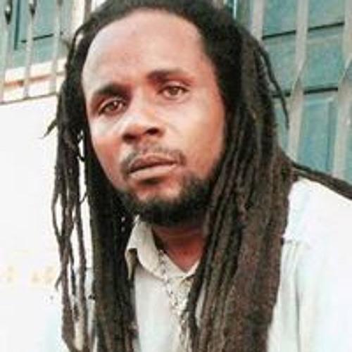 Simeon Brown 13's avatar