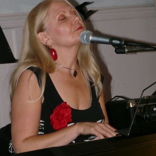 Kari Tieger's avatar