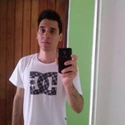 Matheus Fiori's avatar