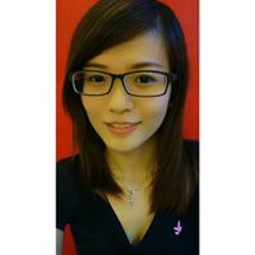 Daphne Chiong's avatar