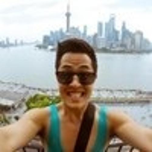 Christopher Nheu's avatar