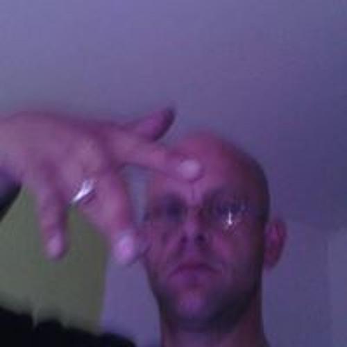 Niko Reischke's avatar