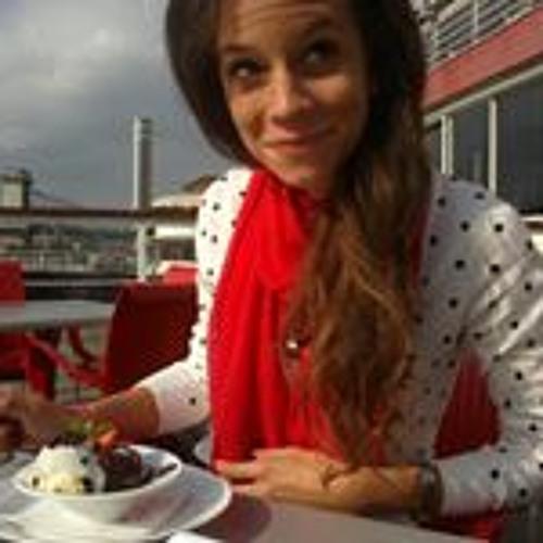 Kinga Géczi's avatar