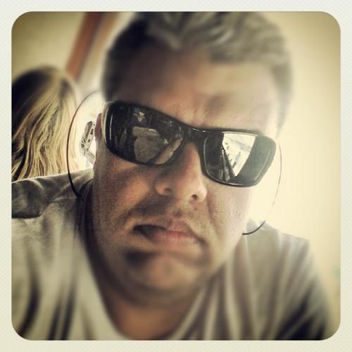 Eduardo Pontes Pedreira's avatar
