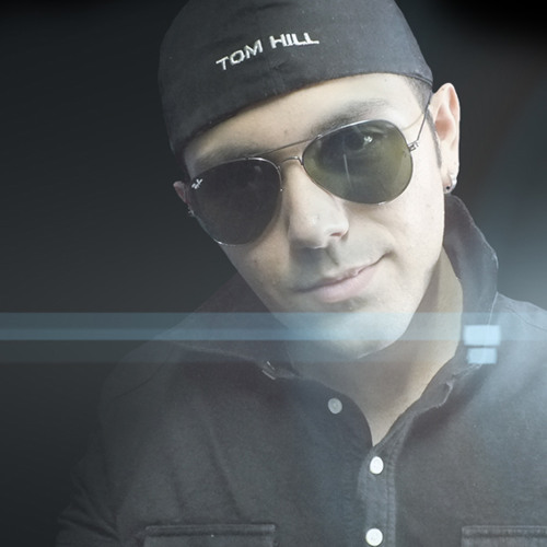 Chander Ruzzi's avatar