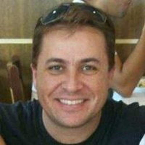 Eduardo A. Moura's avatar