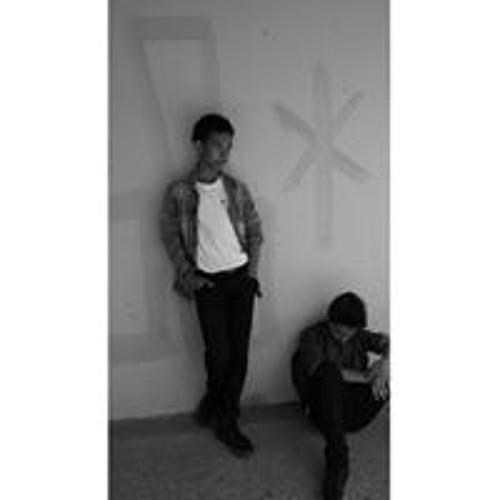 Shawn Jones-Nguyen's avatar
