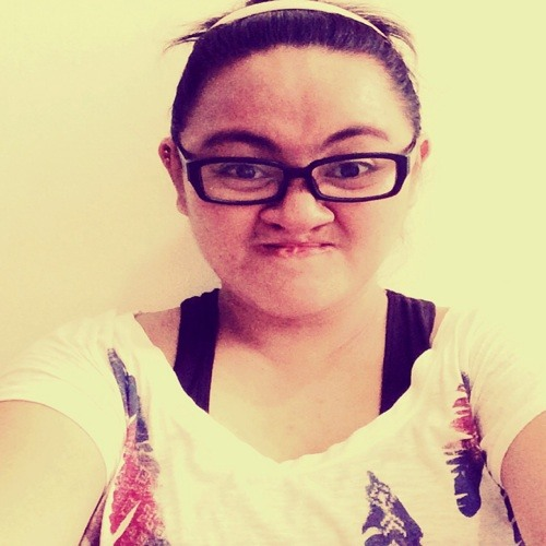Kimberly Santos Singian's avatar