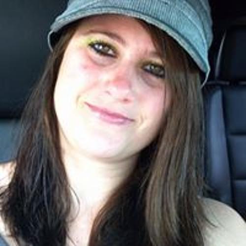 Elizabeth Mary 4's avatar