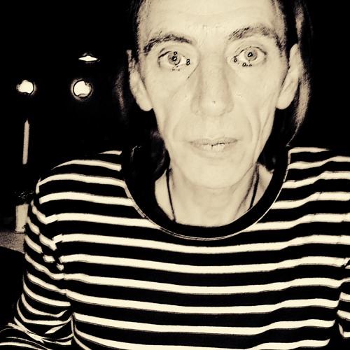 julius-k's avatar