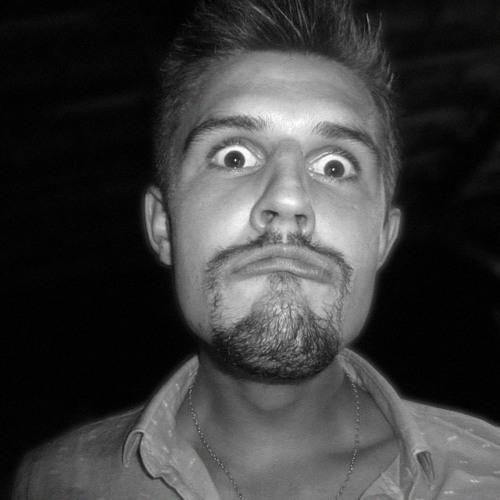 Benjamin Roue sein's avatar