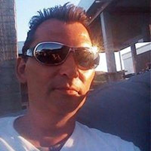 Bert de Vries 6's avatar