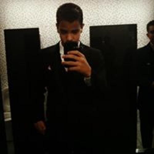 Yan Queiroz 3's avatar