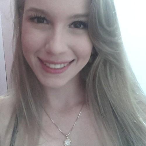 Kate Mossey's avatar