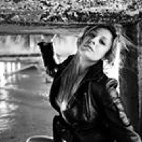 Miray Ge's avatar