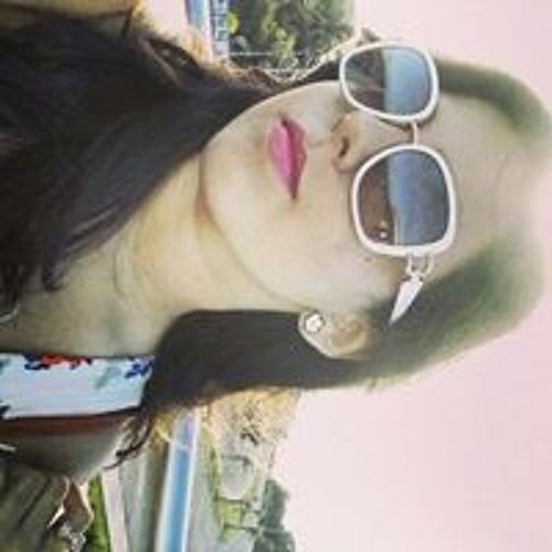 Adline Alves's avatar