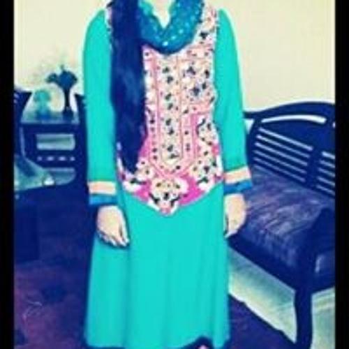 Mahrukh Mujeeb Dero's avatar