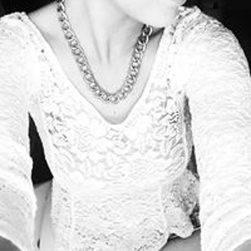 Vicky Wo's avatar