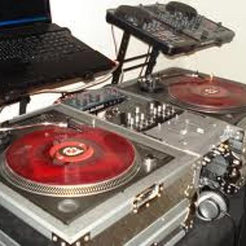 DJ RALPHY-RAY's avatar