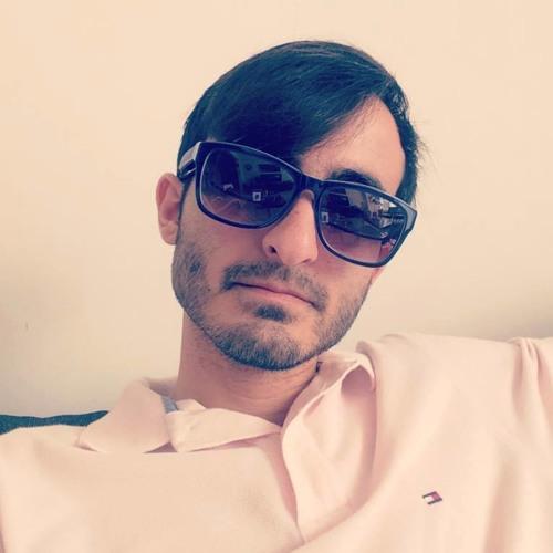 Momentum*'s avatar