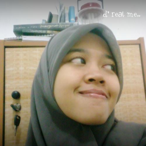 Putri Kholisatun Nawa's avatar