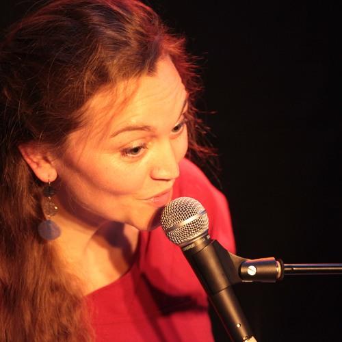 Aline Chevalier's avatar