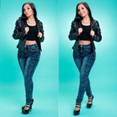 Karolina Contreras's avatar