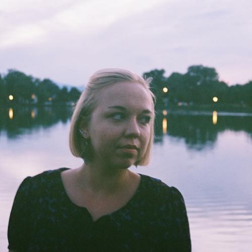 Louise Noble's avatar