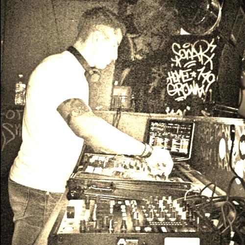 """""""DJ Ariel Abal""""'s avatar"""