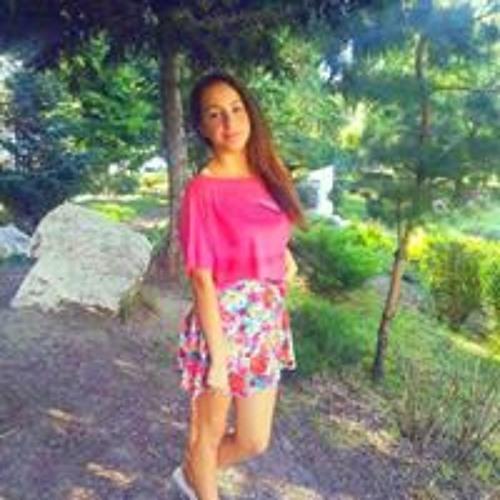 Andreea Adelina D's avatar