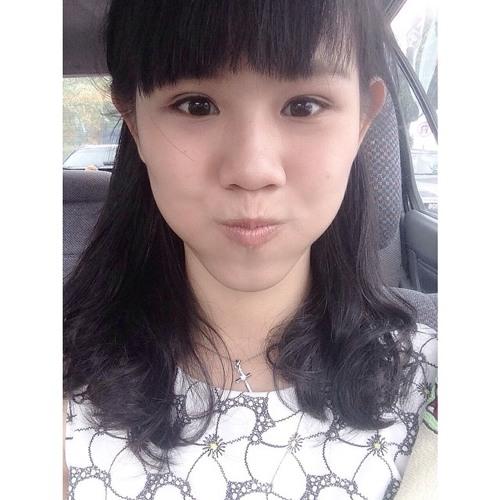 Camila Yeow Hui Ching's avatar